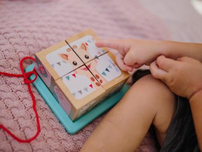 Kształtowanie wczesnego rozwoju   dziecka przez zabawki